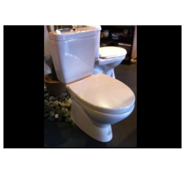 Johnson Suisse Bergamo Close Coupled WC